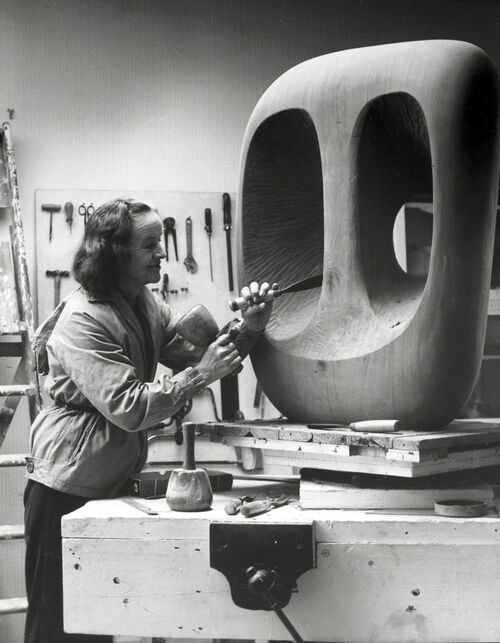 How Barbara Hepworth Became a Modern Master of Sculpture