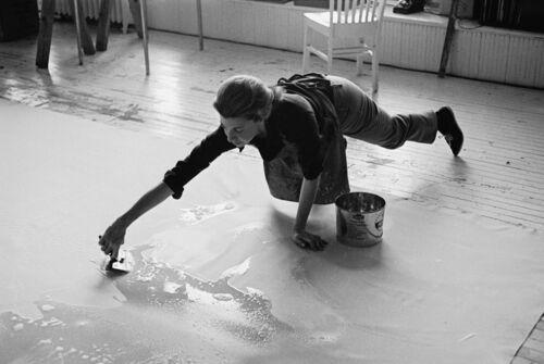 How Helen Frankenthaler's Color-Soaked Canvases Won over the Art Market