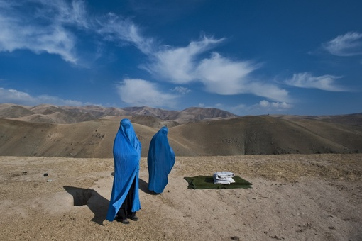 War Photographer Lynsey Addario on the Challenges Women Photojournalists Face