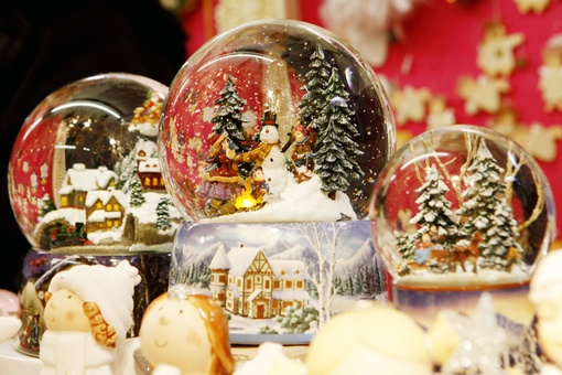 A Brief History of the Snow Globe