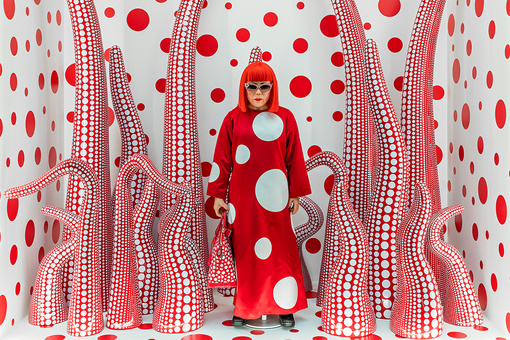 How Yayoi Kusama Built a Massive Market for Her Work
