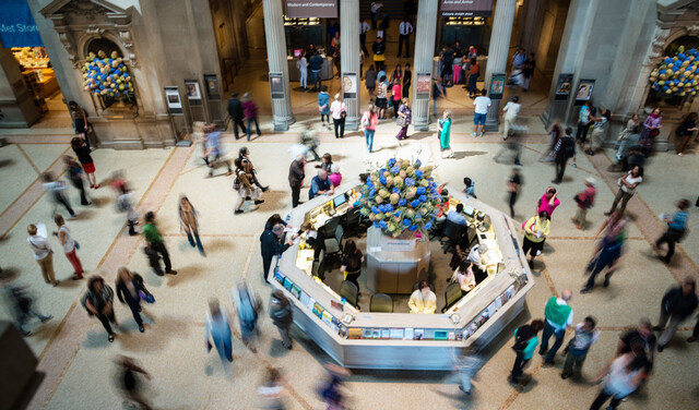 Gender Gap Wider at Wealthier Museums, New Study Finds
