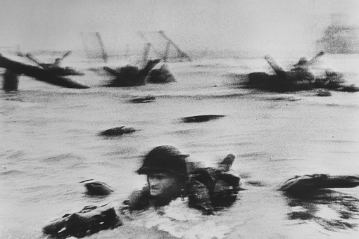 Photographer Robert Capa Risked It All to Capture D-Day—then Nearly All His Images Were Lost