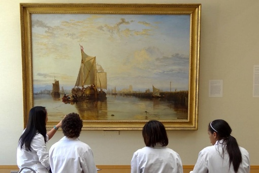 Med Students Who Make Time for Art Have More Empathy