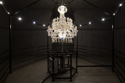 Mat Collishaw: The Grinders Cease