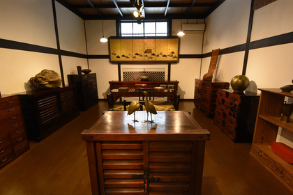 Yumekoubou Antique shop