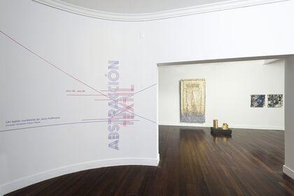 Textile Abstraction / Abstracción Textil