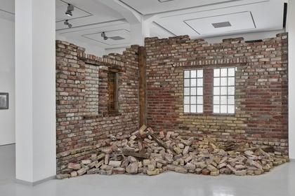Ruinen der Gegenwart - Contemporary Ruins