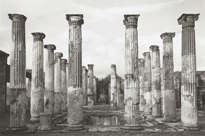 Pompeii: Photographs and Fragments