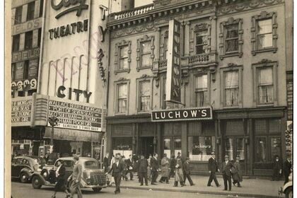 Berenice Abbott - Changing New York - Vintage photographs