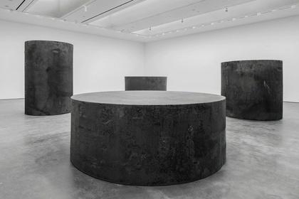 Richard Serra: Sculpture and Drawings