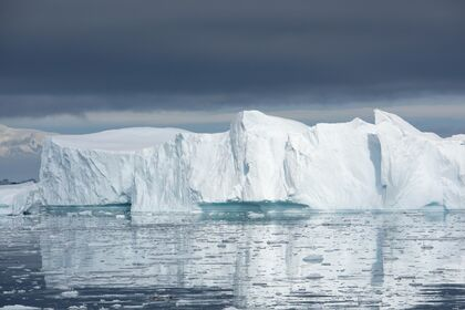 VANISHING ICE: FROM THE ARCTIC TO ANTARCTICA: NEW PHOTOGRAPHY BY PENNY ASHFORD