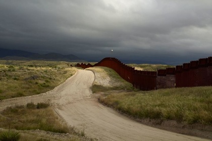 Border Cantos: Sight & Sound Explorations from the Mexican-American Border