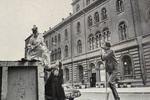Remembering Street Style Inventor Bill Cunningham through His Early Photographs