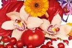 """Marc Quinn's """"Frozen Garden"""" Brings Snowflakes into the Spring Art Season"""
