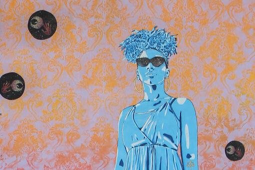 Street Artist Stephanie Rond Is Spotlighting Women Leaders through Meaningful Murals