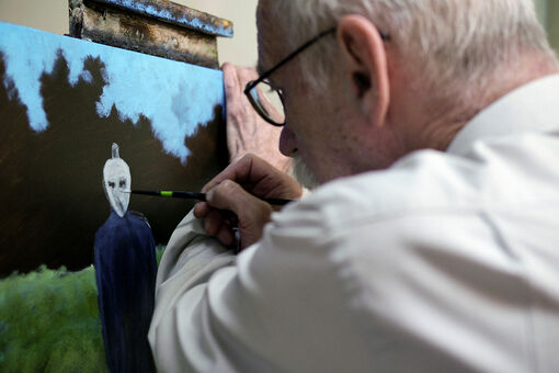 Meet the Artist Painting the Aliens That Abducted Him
