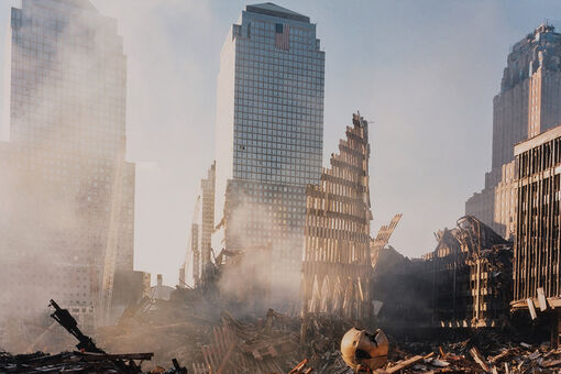 5 Photographers Reflect on Their Images of 9/11