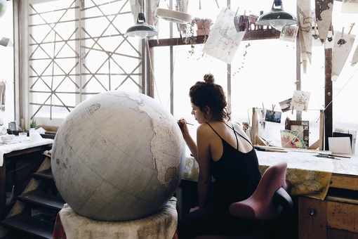 Inside One of the World's Only Workshops Where Globes Are Crafted by Hand