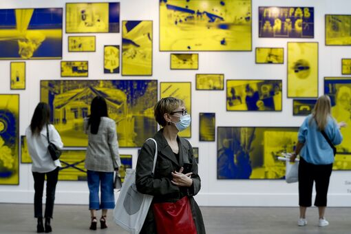 Gallery Sales Dropped 36% as Art Market Reeled from Pandemic