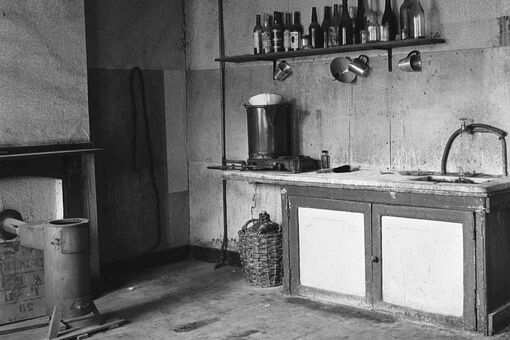 A Jewish Photographer's Long-Unseen Images of Post-War Europe