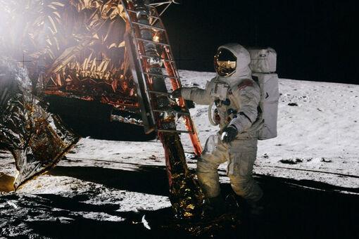 How Warhol, Rauschenberg, and Chamberlain Smuggled Art onto the Moon
