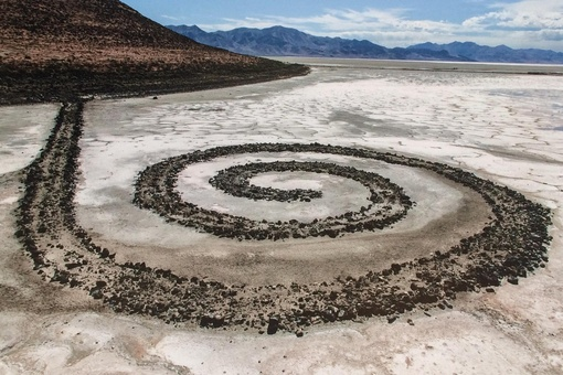 The Market for Land Art Challenges Us to Think About Collecting Differently