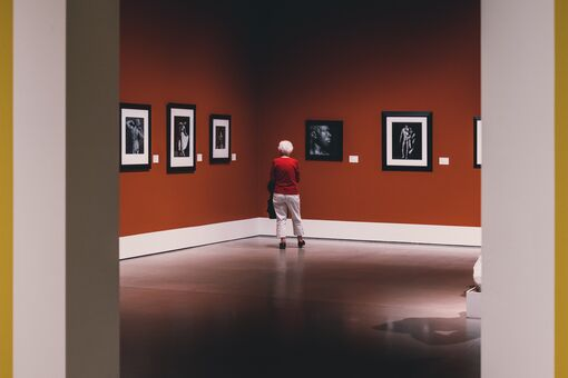 Taking Your Grandparents to Museums Could Improve Their Health