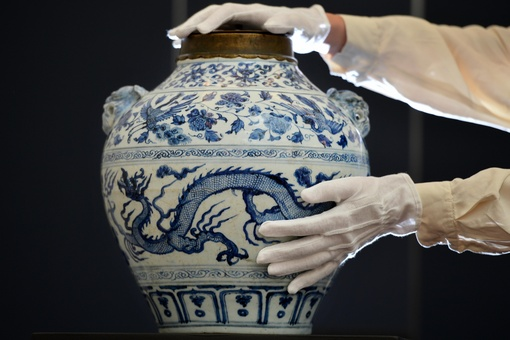 Trump Tariffs Loom Large in Current Chinese Art Market Uncertainty