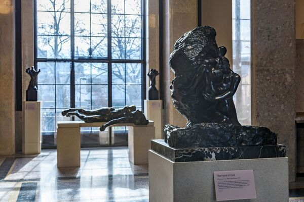 The Kiss At The Rodin Museum Philadelphia Museum Of Art Artsy
