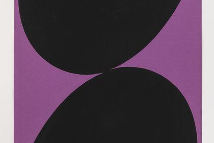 Leon Polk Smith: Big Form, Big Space
