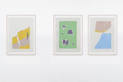 Nuria Mora. On paper