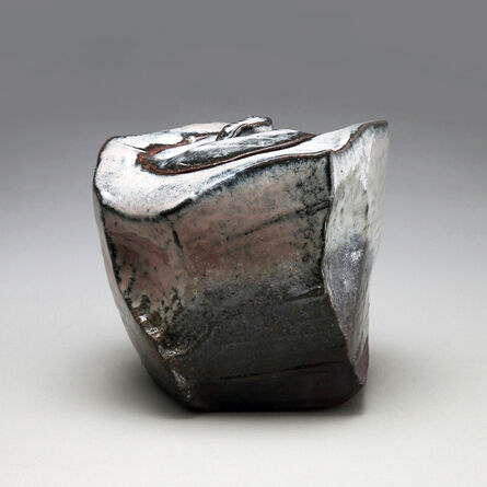Kaneta Masanao, 'Irregular faceted, square, covered Hagi and ash-glazed water container with extensive kiln effects', 2014