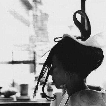Toshio Enomoto, '071-Takasago Dayu having her hair dressed', 1982