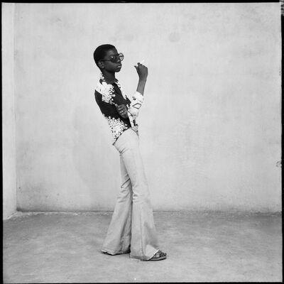 Malick Sidibé, 'Un Yeye en position', 1965