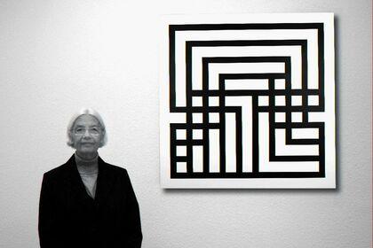 Ode Bertrand - works in black & white