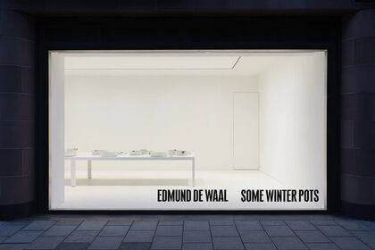 Edmund de Waal: some winter pots