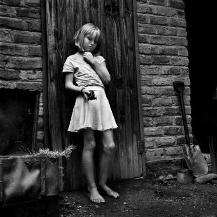 Katharine Cooper, 'Beth and the Giant Snail Ledbury farm, Mazowe, Zimbabwe - White Africans', 2013