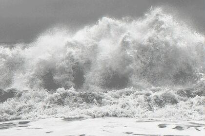 Clifford Ross: Hurricane Waves