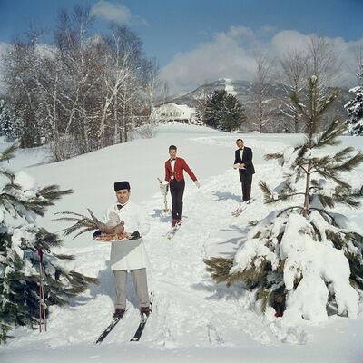 Slim Aarons, 'Skiing Waiters, Stowe, Vermont', 1962