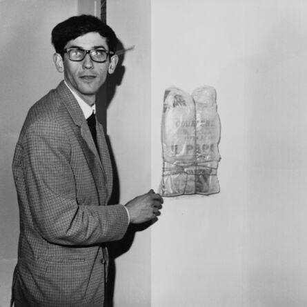 Agenzia Dufoto, 'Christo alla Galleria La Salita Roma', Oct-63
