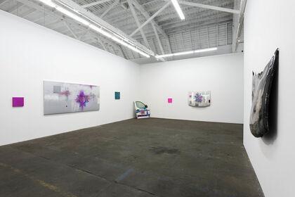 Plata o plomo o glitter; Rubén Ortiz Torres