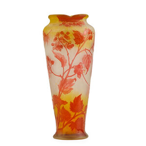 Galle, 'Vase with fruiting branches and scalloped rim'