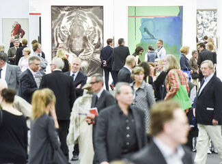 Art Cologne Opens to Flood of Emerging Artist Sales