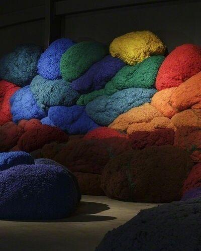 Pioneering Fiber Artist Sheila Hicks' ♥ of Color