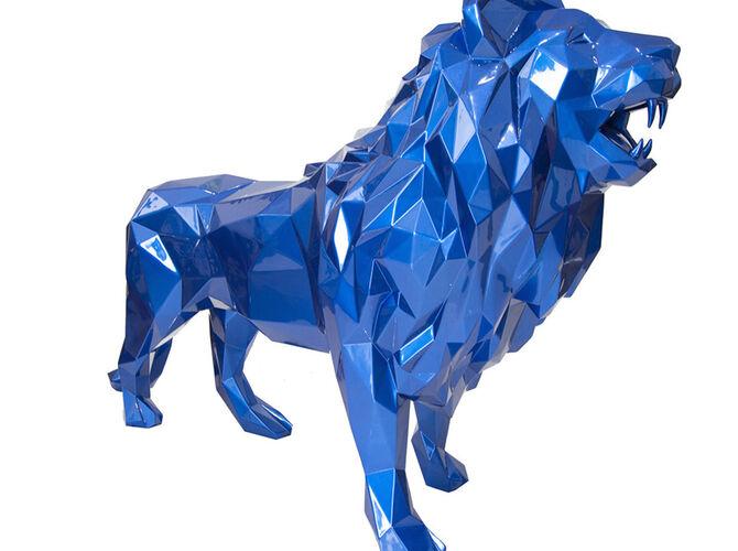 Lions by Richard Orlinski