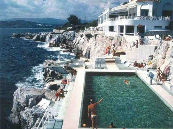 Pools by Slim Aarons