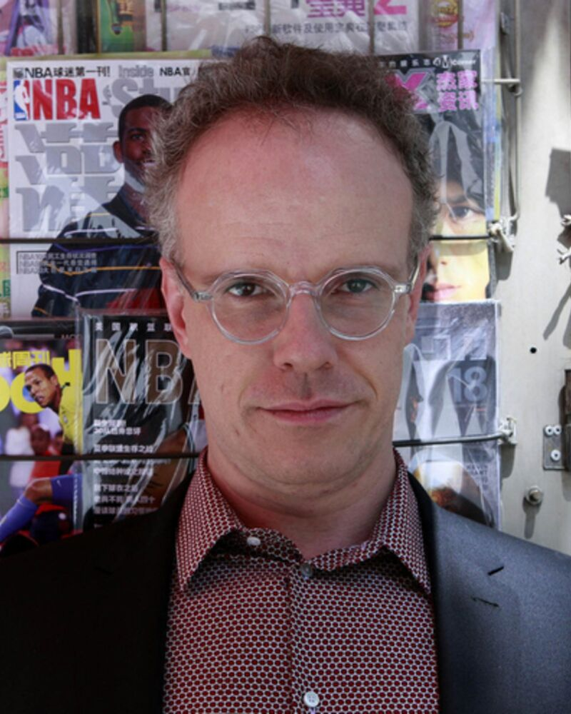 """Interview: """"do it""""with Hans Ulrich Obrist, the World's Busiest Curator"""