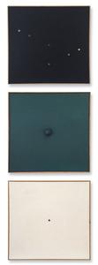 Schwarzes Bild mit kleinen Lochern, Monochrome Relation, Weisse Bild Mit Kleinem Loch