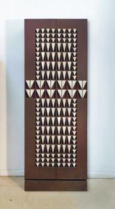 Onyx Triangle Cabinet